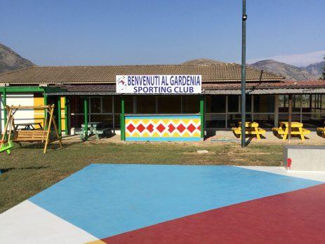 Vendesi centro sportivo a Fondi, Latina