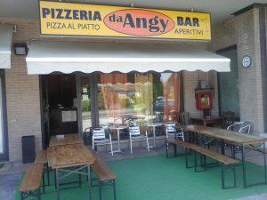 bar pizzeria ad Ostra, Ancona