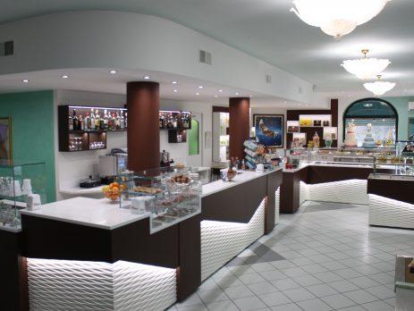 Pasticceria gelateria bar vendesi in Canavese