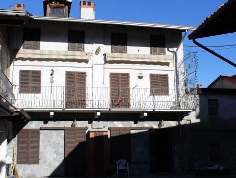Vendita casa indipendente a Santhià, Vercelli