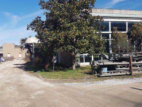 Vendesi capannone industriale a Paliano, Frosinone