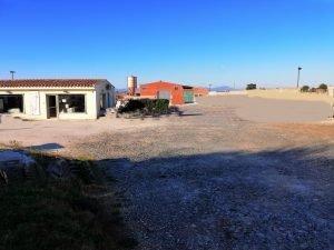 terreno con capannone e ufficio, Cagliari