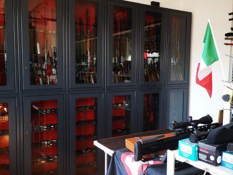 Armeria e officina riparazione armi in vendita, San Pietro Mosezzo, Novara