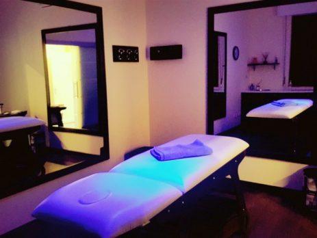 Prato, studio massaggi Cedesi. attività nuova, piccola e elegante.