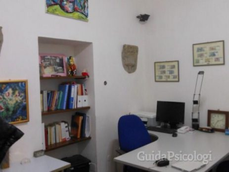 Vendesi fondo commerciale - studio, Prato