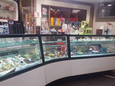 Palermo bar gelateria gastronomia sushi, in vendita