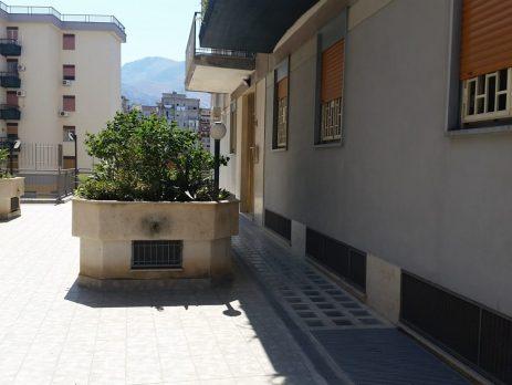 Seminterrato 150 mq Palermo