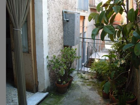 Casa Vendesi, 90 mq, Biancavilla, Catania