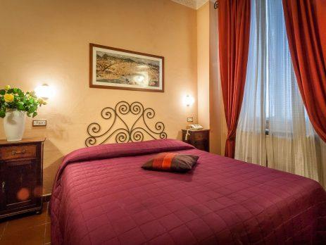 Vendesi hotel 2 stelle Firenze centro storico