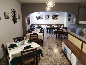 Vendo bar pizzeria a Bergamo con grande parcheggio
