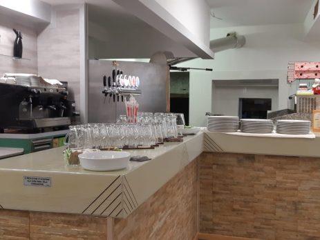 Ristorante pizzeria in vendita a Uboldo, Varese