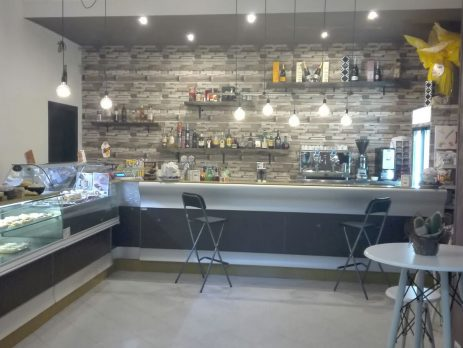 Bar pinacoteca gelateria a San Michele di Serino, Avellino