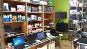 Negozio di vendita e riparazione computer, Mondovì, Cuneo