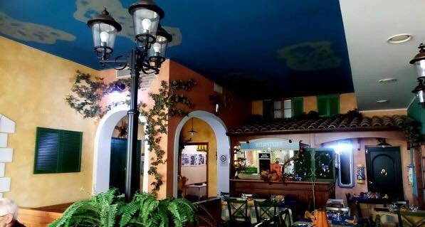 Ristorante Pizzeria di circa 220 mq in vendita a Francavilla al Mare