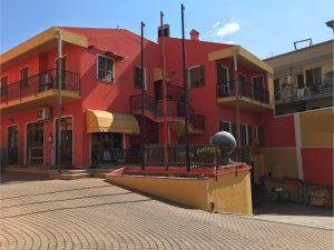 3 immobili uso abitativo e commerciale in mini condominio esclusivo, Cagliari
