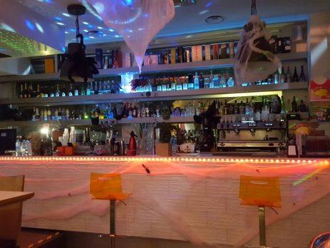 Vendesi bar storico a Monza, Monza e della Brianza