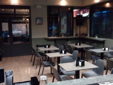 Vendesi bar a Galilei, Monza