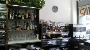 Cedesi bar avviato a Pavia