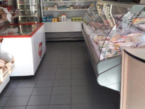 Negozio di alimentari, frutta e verdura e produzione e vendita pasta fresca, Portomaggiore, Ferrara