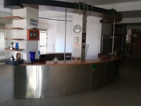 Vendesi locale commerciale con magazzino, Modica, Ragusa