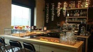 Vendesi pan caffe tavola calda, ristorante, pizzeria, Milano