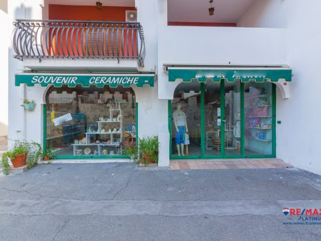 Vendita Bottega Giardini-Naxos, Messina
