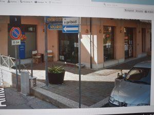 Vendesi negozio con 5 vetrine Viserba, Rimini