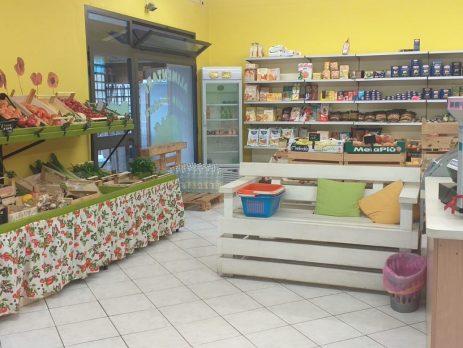 Attività commerciale negozio alimentari San Vincenzo, Livorno