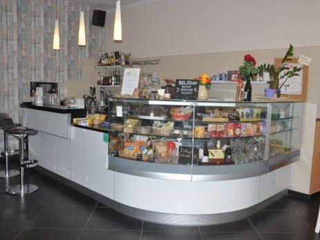 Cedesi attività di ristorazione e sala da tè, Salerno