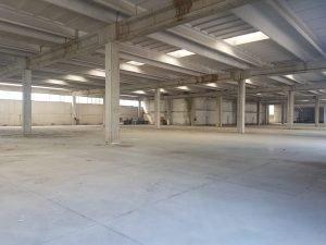Affittasi capannoni industriali, Napoli in Via Argine
