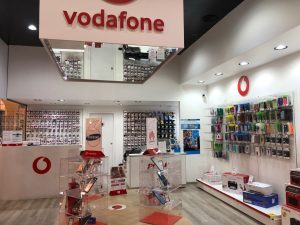 Negozio di telefonia e riparazioni in centro commerciale, Orzinuovi, Brescia