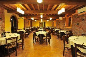 Vendo ristorante pizzeria a Rivarolo del Re ed Uniti, Cremona