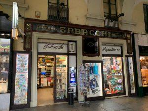 Vendesi Tabaccheria Storica nei pressi della metropolitana, Torino Centro