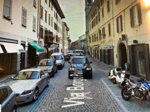 Vendesi storica profumeria in Bergamo