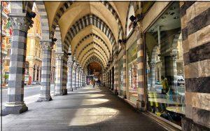 Affittasi centralissimo ufficio via XX Settembre, Genova