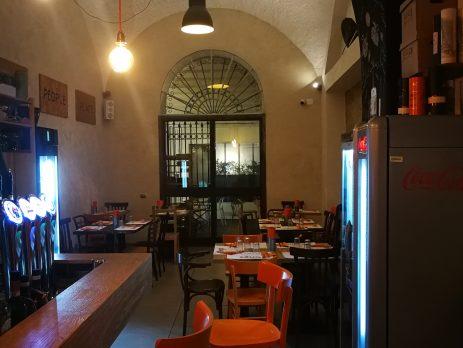 Cedesi Ristorante, pub, Cocktail bar, Giugliano in Campania, Napoli