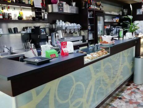 Cedesi bar - caffetteria in vendita a Chiampo, Vicenza