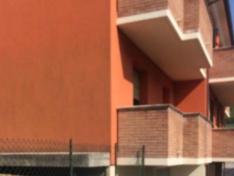 Vendesi villetta a schiera indipendente con giardino, Urbino