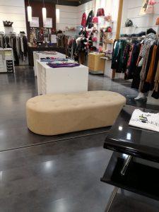 Attività commerciale in centro commerciale I Granai zona Eur, Roma