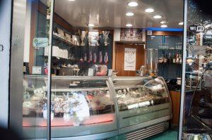Cedesi bar gelateria pub, Roma