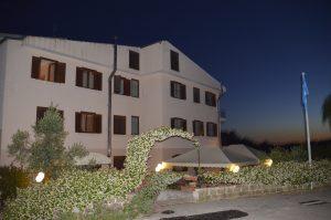 Cediamo ottimo hotel 3 stelle a soli 10 km dalle terme di Saturnia, Manciano, Grosseto