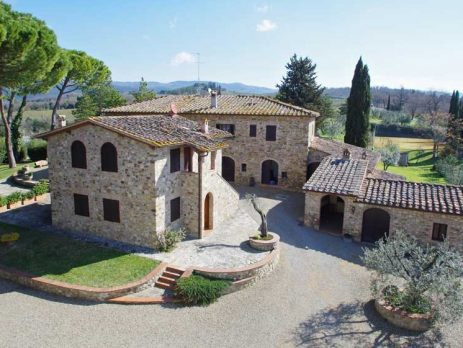 Estate with 60 hectares in Chianti