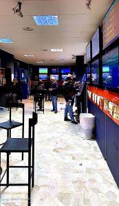 Sala scommesse punto snai in vendita a Milano