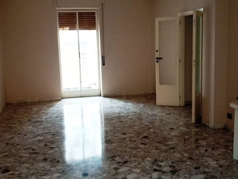 Vendesi appartamento a Bari quartiere Libertà