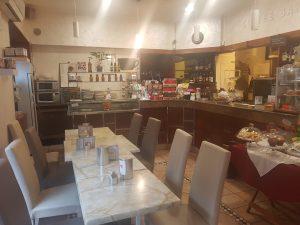 Vendo bar con cucina Torino centro fronte mercato