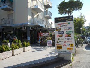 Attività commerciale, bar, ricevitoria, sisal, sala slot vlt, Lignano Sabbiadoro