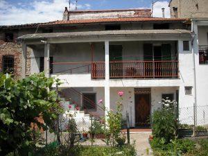 Casa di 80 mq in vendita a Pianissolo, Roccavignale, Savona