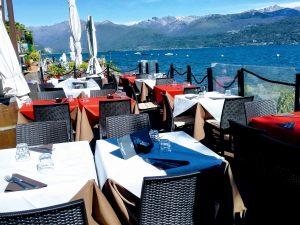 Vedesi piccolo e grazioso ristorante in zona fortemente turistica, Stresa