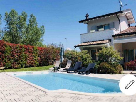 Villa fronte lago, Sirmione, Brescia