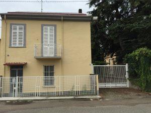 Villetta indipendente di 160 mq, Vercelli, Torino